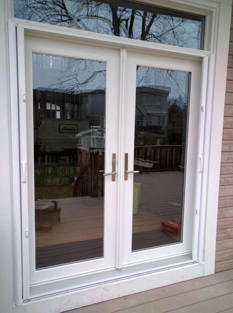 Sunview doors reviews buckingham 1000 patio doors for Retractable screen french door review